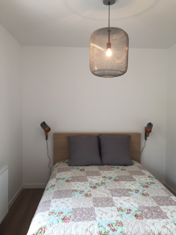 Location appartement Fontainebleau 1 076€ CC - Photo 2