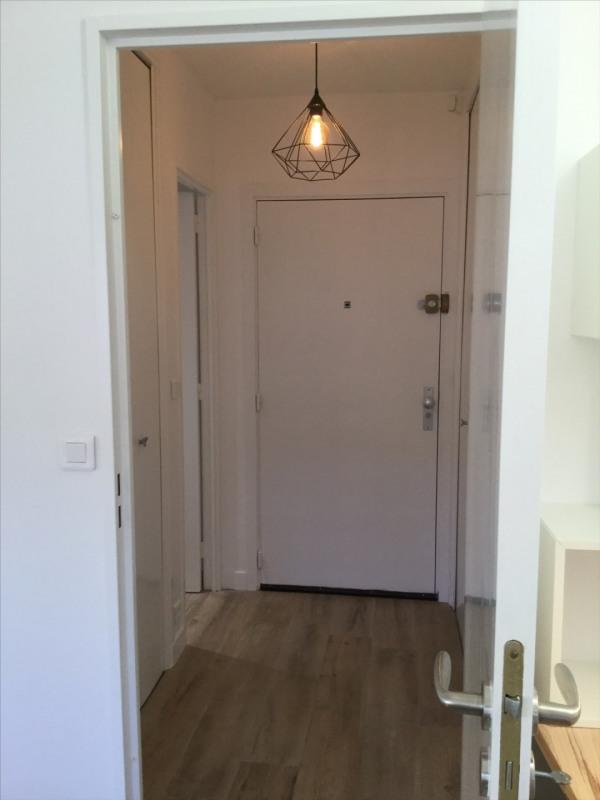 Location appartement Fontainebleau 890€ CC - Photo 8