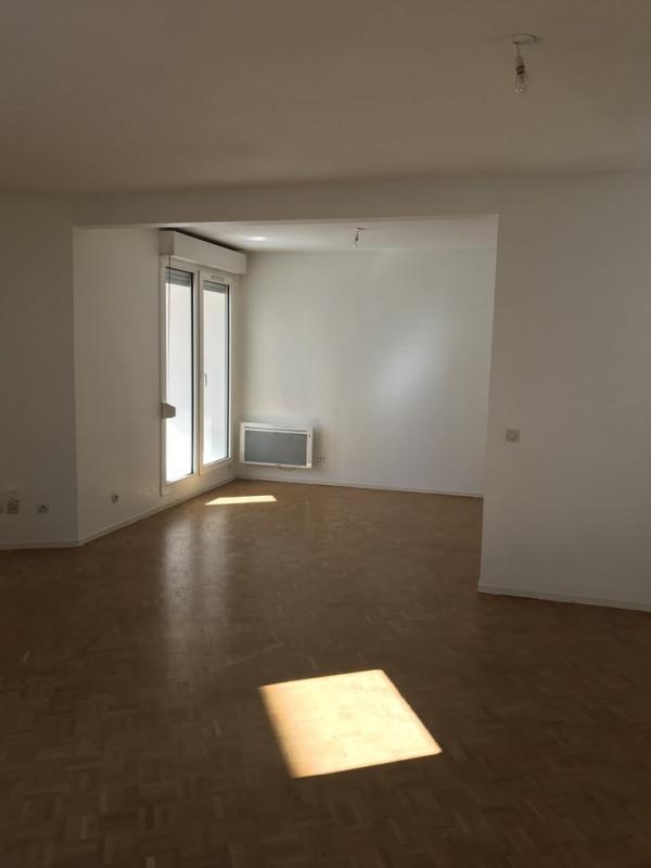 Rental apartment Cran gevrier 917€ CC - Picture 3