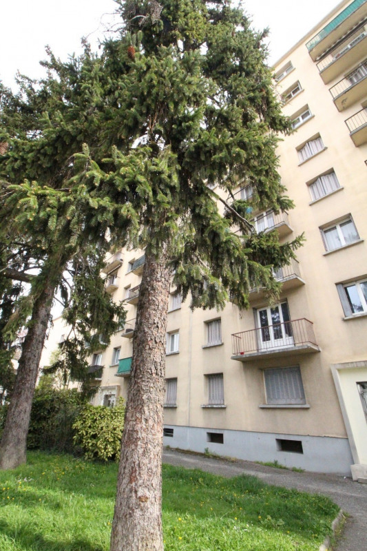 Sale apartment Grenoble 118 000€ - Picture 11