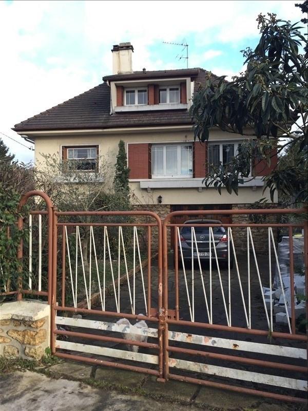 Sale house / villa Ste genevieve des bois 344000€ - Picture 1