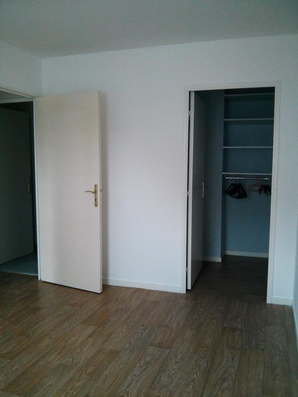 Location appartement Etampes 817€ CC - Photo 4
