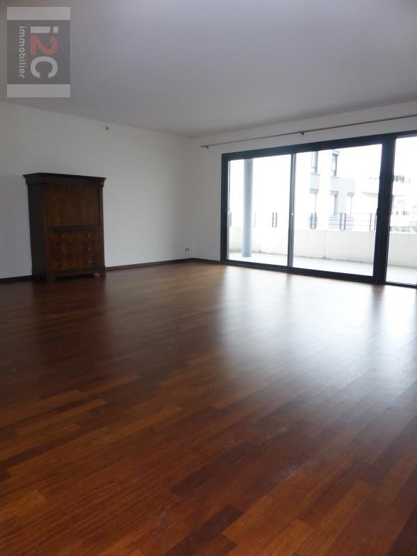 Location appartement St genis pouilly 2500€ CC - Photo 3