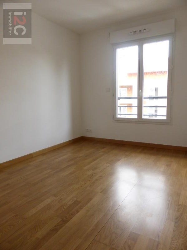 Location appartement Prevessin-moens 1 650€ CC - Photo 6