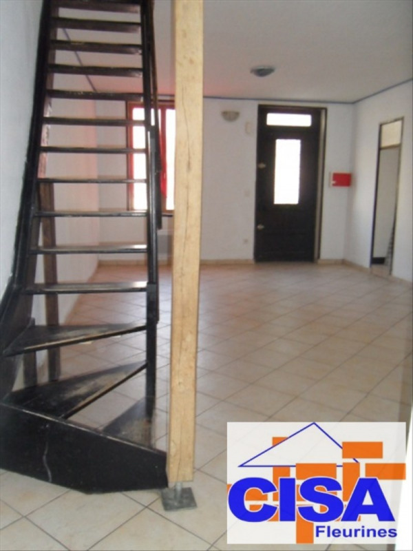 Location maison / villa Villeneuve sur verberie 820€ CC - Photo 1