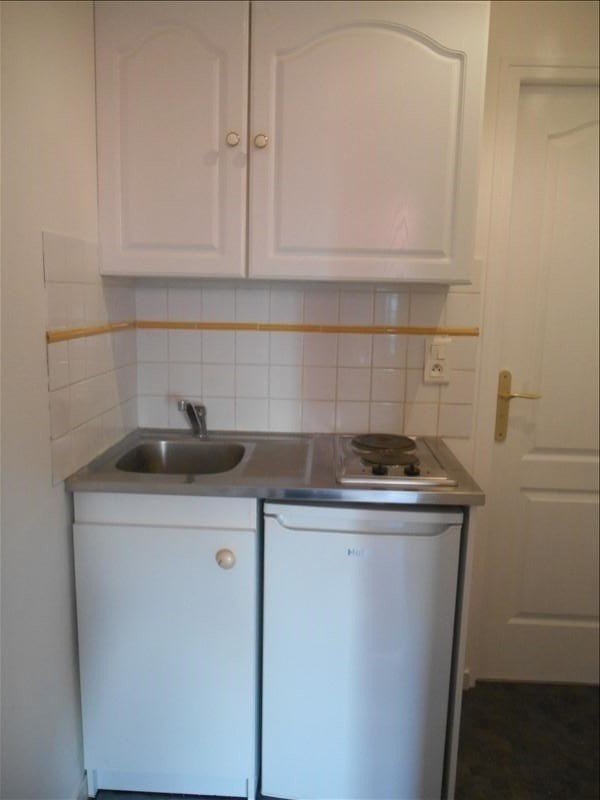 Location appartement Troyes 350€ CC - Photo 4