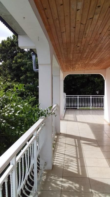 Revenda casa Le tampon 237000€ - Fotografia 7