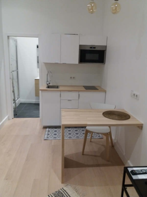 Rental apartment Bordeaux 680€ CC - Picture 2