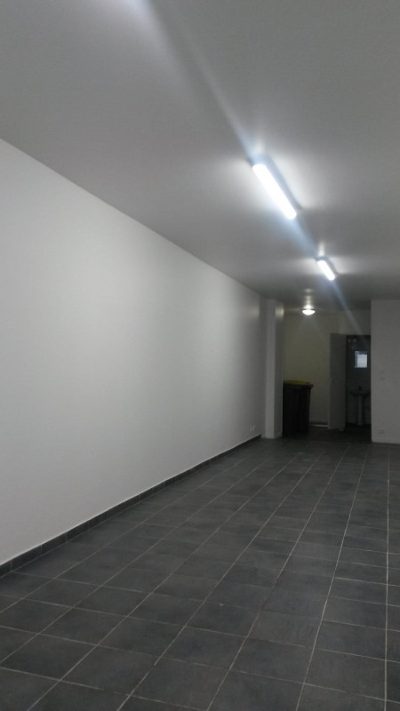 Rental empty room/storage Paris 1er 2623,75€ HC - Picture 1
