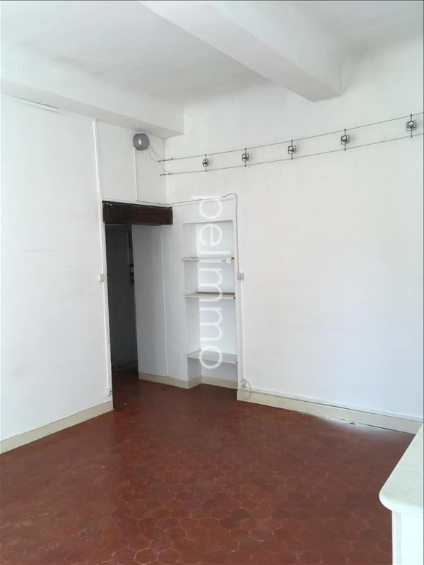 Rental apartment Pelissanne 539€ CC - Picture 2