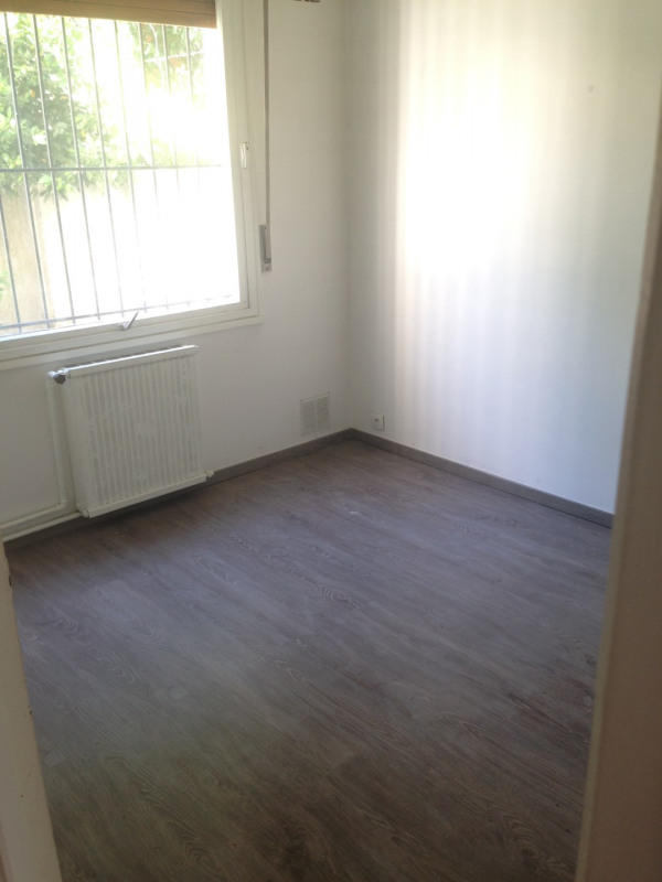 Rental apartment Montreuil 750€ CC - Picture 4