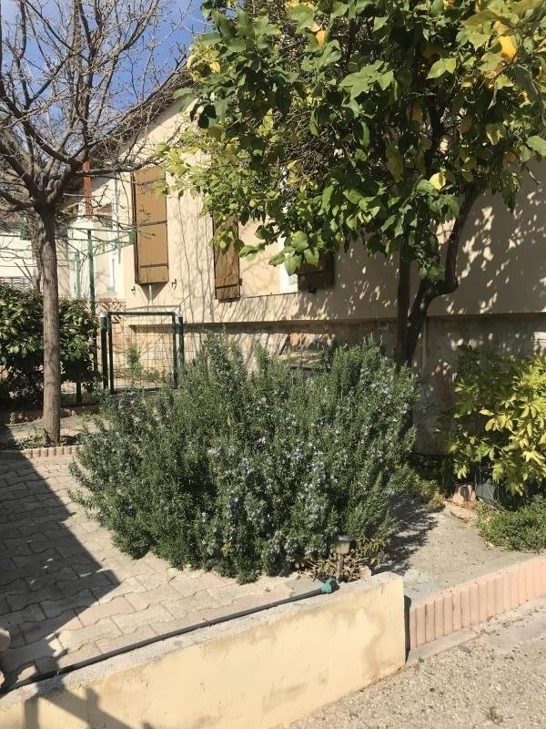 Sale house / villa Toulon 246000€ - Picture 1