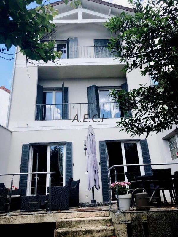 Vente de prestige maison / villa Asnières-sur-seine 1410000€ - Photo 1