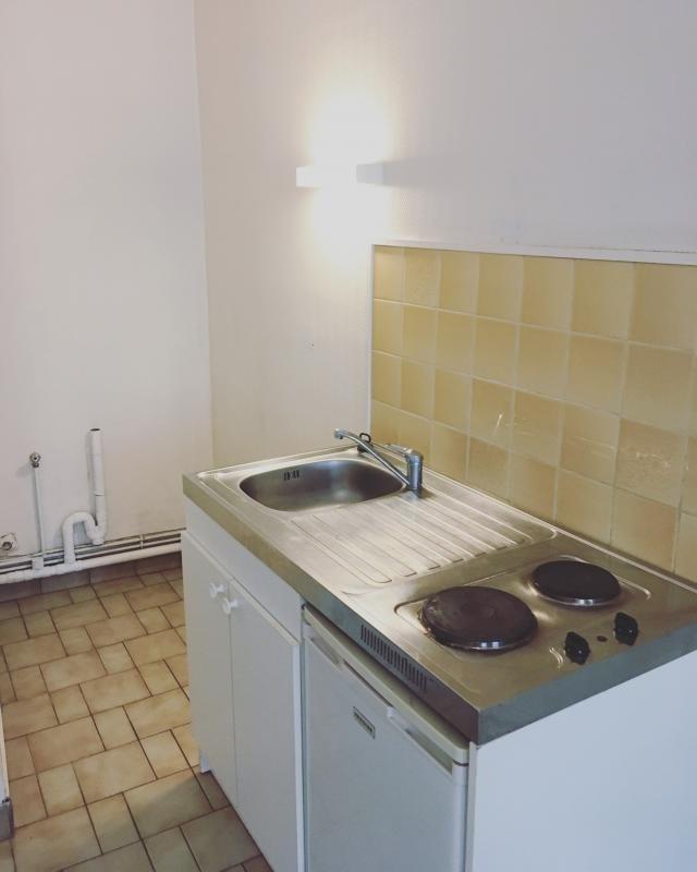 Locação apartamento Rouen 330€ CC - Fotografia 3