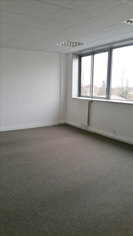 Location local commercial Chatou 360€ HT/HC - Photo 5