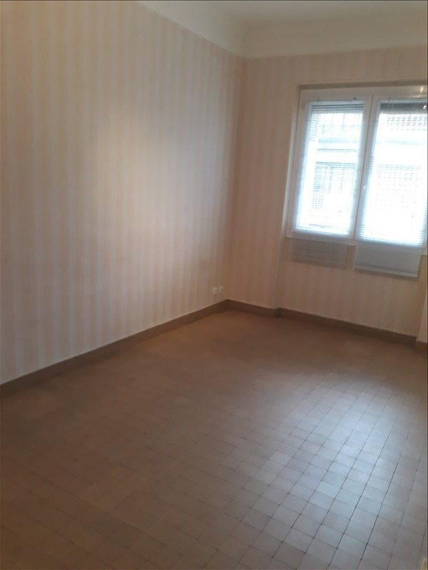 Location appartement Marseille 2ème 670€ CC - Photo 2