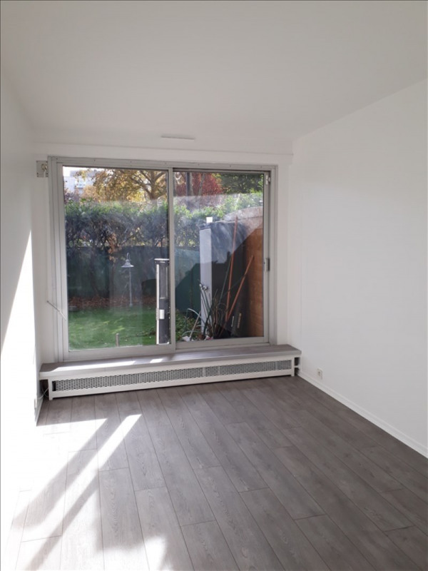 Location appartement Neuilly sur seine 2 137€ CC - Photo 7