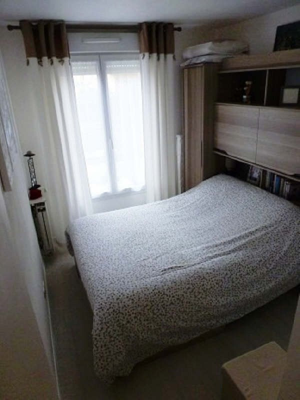 Rental apartment Elancourt 799€ CC - Picture 4