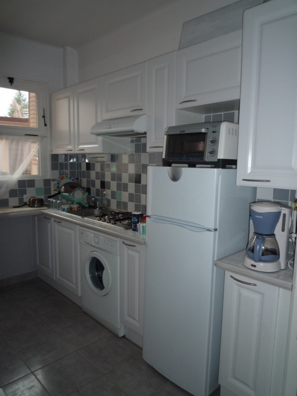 Location appartement Annecy 578€ CC - Photo 2