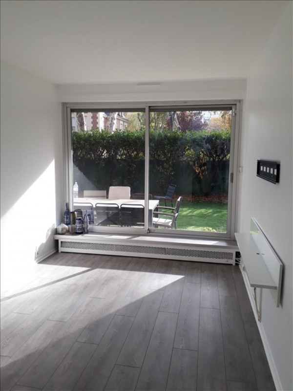Location appartement Neuilly sur seine 2 137€ CC - Photo 6