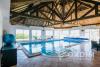 Maison d'architecte sur 1 ha de jardin avec piscine