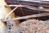 À rénover. 300 m² de surface utile. 7000 m² de terres attenantes Proche Saint-Martory