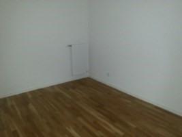 Rental apartment Bron 639€ CC - Picture 2