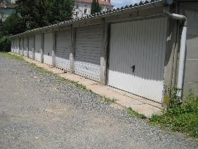 Location parking L'arbresle 59€ CC - Photo 1