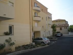 Location parking Salon de provence 55€ CC - Photo 2