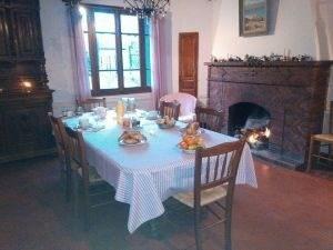 Sale house / villa Breuilpont 380000€ - Picture 5