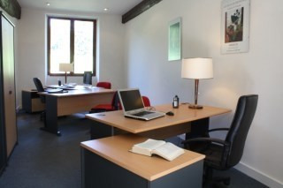 Location bureau Morainvilliers 3 500€ CC - Photo 2