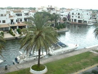 Vente appartement Empuriabrava 102 000€ - Photo 1