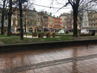 Sale apartment Toulouse 145 000€ - Picture 2