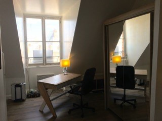 Location appartement Fontainebleau 1 216€ CC - Photo 8