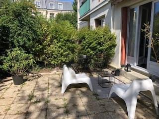 Rental apartment Saint germain en laye 951€ CC - Picture 2