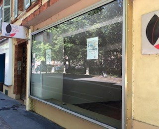 Location local commercial Toulouse 1118€ HC - Photo 2