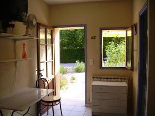 Rental apartment Aix en provence 730€ CC - Picture 4