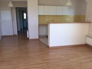Sale apartment Frouzins 150000€ - Picture 1