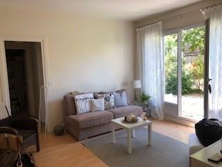 Rental apartment Saint germain en laye 951€ CC - Picture 3