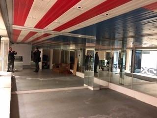 Rental shop La celle saint cloud 574€ CC - Picture 2