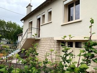 Sale house / villa Poitiers 140 000€ - Picture 1