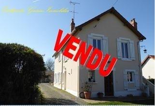 Sale house / villa Pougues les eaux 188700€ - Picture 1