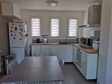 Sale house / villa Roussillon 169000€ - Picture 5