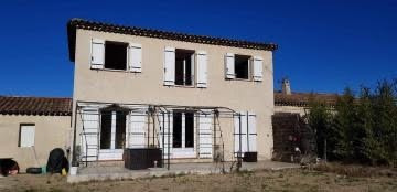 Location maison / villa Meyrargues 1 245€ CC - Photo 1