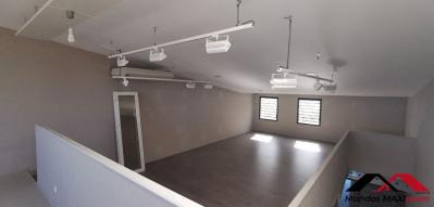Local commercial Saint Leu 166 m²