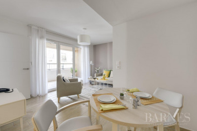 Lyon 7 - Jean Macé - 42 sqm fully furnished apartment - Loggia