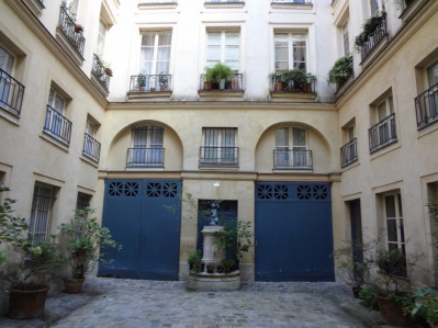 Vente Appartement Paris Rue du BAC - 70 m²