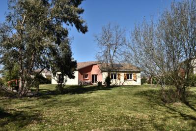 Villa 140 m² Meublée sur 1750 m² de Terrain