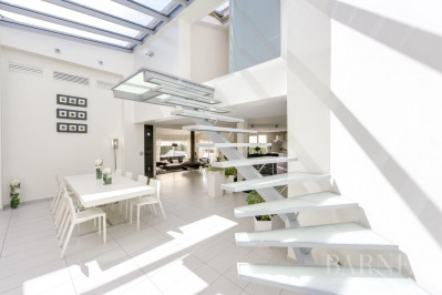 Vourles - House of 218 sqm - Plot of 1028 sqm - 4 bedrooms