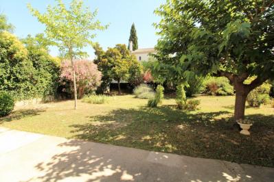 Arles quartier monplaisir à vendre maison de 140 m² environ